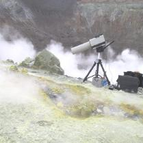 EM27 looking into volcano